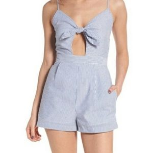 Everly Blue white seersucker bow keyhole romper